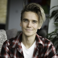 Joe Sugg Will Join The Cast Of WAITRESS in London