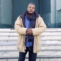 VIDEO: Darryl Maximilian Robinson Performs Two Versions of The Bard's St. Crispin's Day Speech in LA