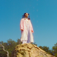Audrey Nuna Releases New Single 'BLOSSOM' Photo