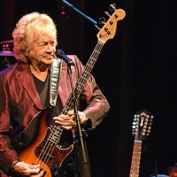 John Lodge Releases New Single 'In These Crazy Times (Isolation mix)' Photo