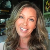 VIDEO: Vanessa Williams Announces IT'S A WONDERFUL LIFE for AFI Movie Club Photo