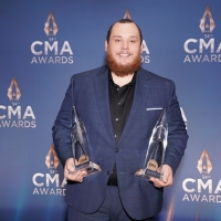 Luke Combs Wins Male Vocalist of the Year and Album of the Year at THE 54TH ANNUAL CM Photo