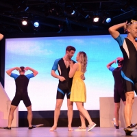 BWW Review: MAMMA MIA Tries to Regain Its Youth at Stage West Photo