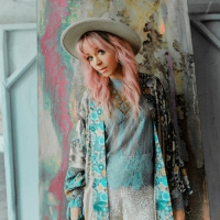 Listen to Lindsey Stirling's New Single 'What You're Made Of' Photo