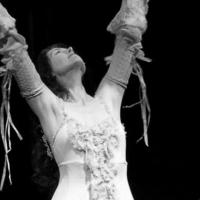 Irish Singer Caitríona O'leary Offers Live Stream Weekly Series Photo