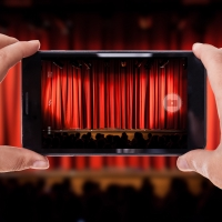 Wake Up With BWW 9/17: Read the Reviews For DERREN BROWN: SECRET and More!