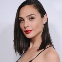 Gal Gadot to Star in New Showtime Limited Series