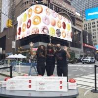 Cast Members Of CHICAGO Flip The Switch On New Krispy Kreme Doughnuts Shop Photo