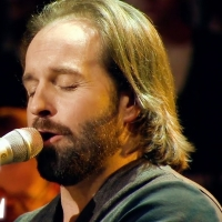 VIDEO: Watch Alfie Boe: The Bring Him Home Tour with The Shows Must Go On- Live at 2p Photo