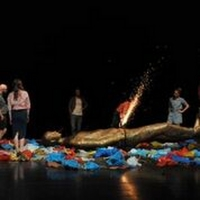 EDINBURGH 2019: BWW Review: ARE WE NOT DRAWN ONWARD TO NEW ERA, Zoo Southside