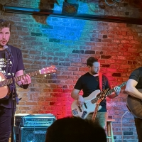 BWW Review: OLD SOULS: Jared Chinnock & Evan Buckley Harris Find Their Voice at The B Photo