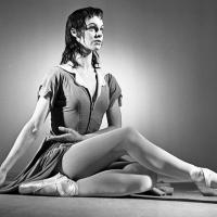 Acclaimed Ballerina Julia Farron Dies at Age 96 Photo