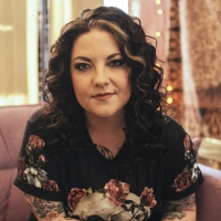 CMT To Present Ashley McBryde With 'Breakout Artist of the Year' Award