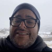 VIDEO: Watch FROZEN's Josh Gad Tribute the 'Original Snowman' Photo