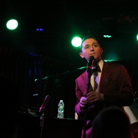 BWW Review: Charlie Romo Gets The Joint Jumpin' with CAROLING AND CROONING at The Gre Photo