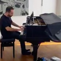 VIDEO: Pianist Igor Levit Streams 'House Concerts' on Twitter