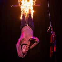 BWW Interview: Jonathan Goodwin Brings an Element of Danger to THE ILLUSIONISTS at Wh Photo