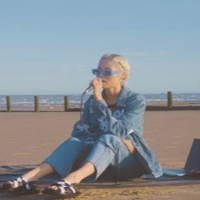 Nina Nesbitt Shares Acoustic Version of 'Summer Fling' Photo