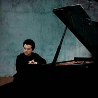 Celebrated Pianist Evgeny Kissin To Perform Solo Recital At Severance Photo