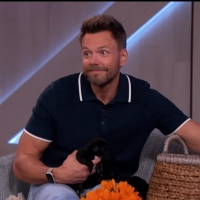 VIDEO: Kelly Clarkson Surprises Joel McHale With Puppies Video