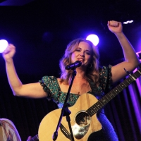 BWW Review: Tina Scariano Hits a FEELS LIKE HOME Run at The Green Room 42 Photo