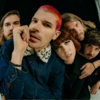 Grouplove Releases Official Cover Of Robyn's 'Dancing On My Own' Photo