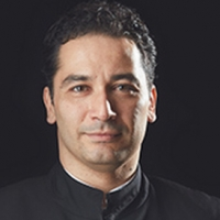 Andrés Orozco-Estrada Returns to Houston Symphony for November Programs Photo