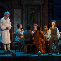 Review Roundup: A CHRISTMAS CAROL Returns to Milwaukee Rep - Read the Reviews! Photo