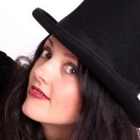 Singer Caitríona O'Leary Performs 26th Installment of UNACCOMPANIED Photo