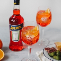 APEROL SPRITZ and Superstar Drake are Perfect Together Photo