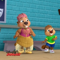 BWW Exclusive: Minnie Mouse Teaches Leslie Uggams' Nana Beaver to Tap Dance on MINNIE Video