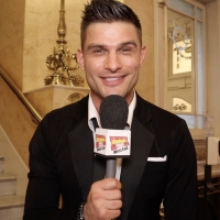 VIDEO: HERE COME THE BOYS Arrives at the London Palladium Photo