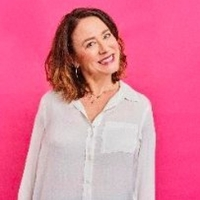 Arabella Weir Comes to Swindon With DOES MY MUM LOOM BIG IN THIS?