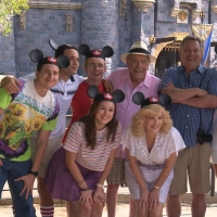 VIDEO: THE GOLDBERGS Go to Disneyland in This Behind-The-Scenes Clip from the Season Seven Premiere