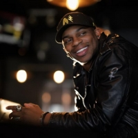 Jimmie Allen Heads to the Mammel Courtyard