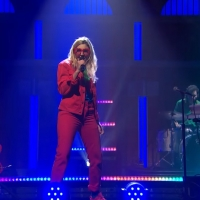VIDEO: Watch Caroline Rose Perform 'Feel the Way I Want' on LATE NIGHT WITH SETH MEYERS