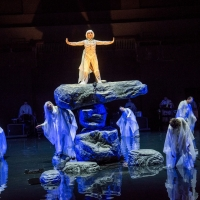 BWW Review: Satoshi Miyagi's Entrancing Staging of ANTIGONE Arrives From Japan