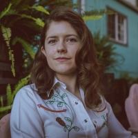 Ismay Shares 'When I Was Younger' Video