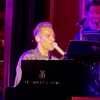 BWW Review: MICHAEL MOTT & FRIENDS Makes You Want to Get Up On Your Feet at 54 Below Photo