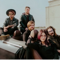Glimmers Announce New EP 'Worlds Apart' Photo