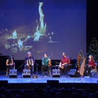BWW Review: IRISH CHRISTMAS IN AMERICA Brings the Christmas Spirit and the Jameson to Photo
