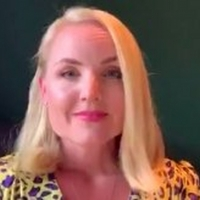 VIDEO: Kerry Ellis Performs Instagram Live Concert