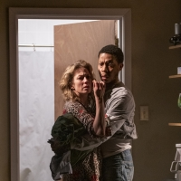 BWW Review: Tracy Letts's BUG at Steppenwolf Theatre Company Photo