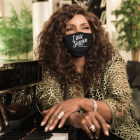 GLORIA GAYNOR Launches 'I Will Survive' Masks Photo