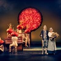 BWW Review: LYDEN AF DE SKULDRE VI STÅR PÅ at Aarhus Teater Photo