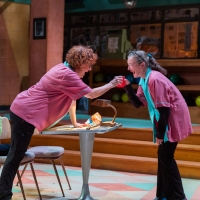 BWW Review: LAST NIGHT AT BOWL-MOR LANES: Carroll and Plum Play Out the String Photo