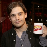 Wake Up With BWW 1/7: THE PROM Comes to the Netherlands, and More! Photo