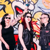 The Venomous Pinks Release New Single 'Hold On'