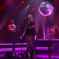 VIDEO: Cherri Glazerr & Reggie Watts Perform 'Daddi' on THE LATE LATE SHOW!
