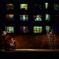 BWW Review: Tom Sturridge and Jake Gyllenhaal Bring Simon Stephens and Nick Payne's Achingly Human SEA WALL/A LIFE To Broadway